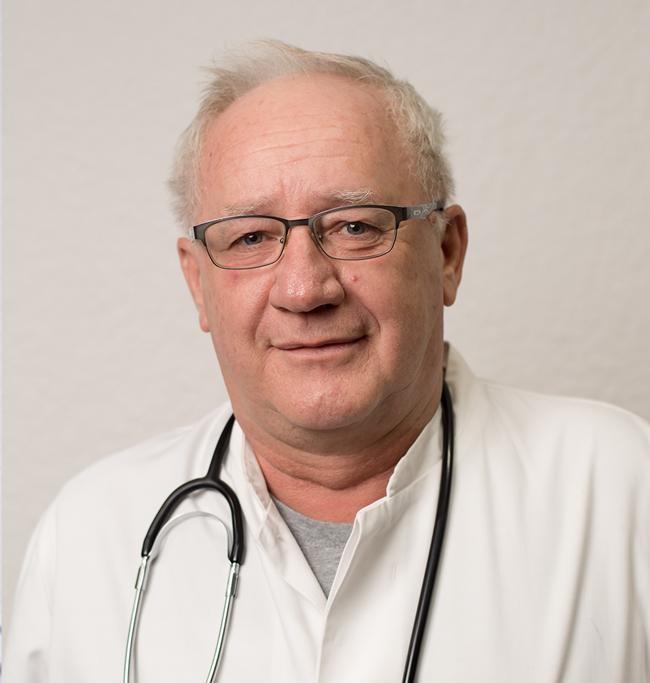 DR.ANTON-CONSTANTIN-MEDIC-PRIMAR-sef-sectie